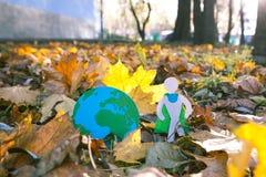 Eco symbol, ochrona środowiska pojęcie biel sezonowy oddzielony Obraz Stock