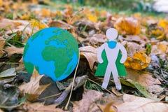 Eco symbol, ochrona środowiska pojęcie biel sezonowy oddzielony Obrazy Royalty Free