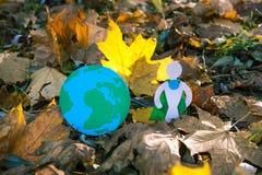 Eco symbol, ochrona środowiska pojęcie biel sezonowy oddzielony Obraz Royalty Free