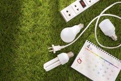 Eco Ziemskiego dnia życzliwy pojęcie Oszczędzanie energia fotografia royalty free
