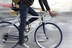 Ecológicos alternativos limpam o transporte Fotografia de Stock
