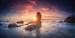 Ecola国家公园海滩日落全景 库存照片