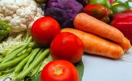 Ecologicaly чистое Различная предпосылка сырцовых овощей еда здоровая стоковая фотография rf