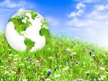 Ecologisch concept het milieu met de cultuur van bomen De achtergrond is volledig met sterren Fysieke bol van de aarde Stock Foto's