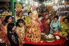 ECONOMÍA GLOBAL DEL GOLPE DE LOS PRECIOS DEL PETRÓLEO DE INDONESIA Imagenes de archivo