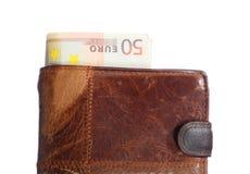 Economía y finanzas. Cartera con el billete de banco euro aislado Fotografía de archivo