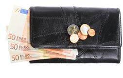 Economía y finanzas. Monedero con el billete de banco euro aislado Foto de archivo