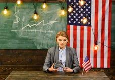 Economia e finanze Patriottismo e libertà Riforma americana di istruzione alla scuola nel 4 luglio Pianificazione di reddito del  Fotografia Stock Libera da Diritti