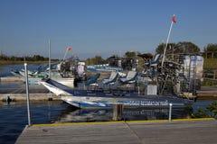 Ecoturismo: Excursão do Airboat dos marismas Imagens de Stock Royalty Free