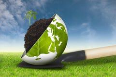 Ecowereld op nieuwe de achtergrond van de grashemel stock foto