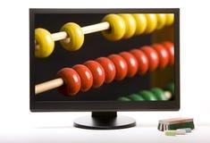 Ecrã de computador com ábaco fotos de stock