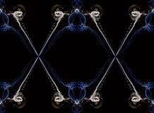 Ecru и голубой абстрактный переплетенный дым изолированные на черной предпосылке, сформированной в кругах и линиях Стоковое Фото