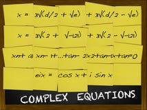 Ecuación compleja escrita en notas amarillas Imagenes de archivo