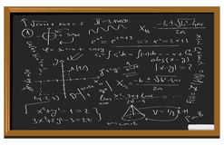 Ecuaciones de la matemáticas de la pizarra Imagen de archivo