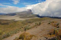 Ecuador 2008 - cotopaxi-Wolken Stock Afbeelding