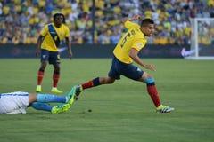 Ecuatorian-Fußballspieler wird während Copa Amerika Centenari verschmutzt lizenzfreie stockbilder