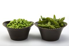 Edamame Soy Beans In A Brown Ceramic Dish Royalty Free Stock Images