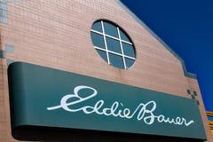 Eddie Bauer Store Exterior Lizenzfreies Stockfoto