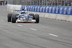 Eddie McLurg im Formel 1-Rennwagen Al Pfeile A18 lizenzfreie stockfotos
