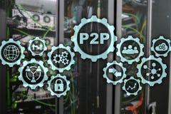 Edele aan edele P2P op het virtuele scherm met een achtergrond van de serverruimte royalty-vrije stock afbeelding