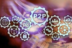 Edele aan edele P2P op het virtuele scherm met een achtergrond van de serverruimte stock foto's