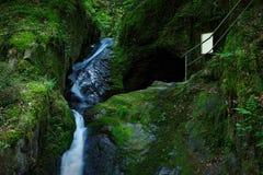 Edelfrauengrab-Wasserfall, Schwarzwald, Deutschland Stockfoto