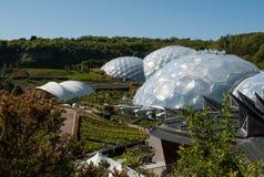 Eden Project Biomes und Landschaft Lizenzfreies Stockbild