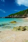 The Edge de la resaca en playa de SUNAYAMA, Okinawa Prefecture /Japan Imagenes de archivo