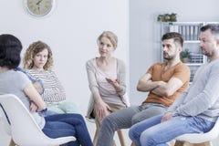 Edições de família de resolução na terapia Fotos de Stock Royalty Free