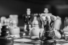 Edición blanco y negro del ajedrez Fotos de archivo