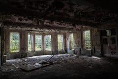 Edifício abandonado velho fotografia de stock