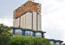 Edifício alta tecnologia do estilo Imagem de Stock Royalty Free
