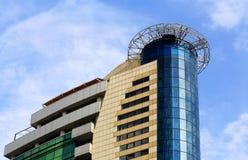 Edifício alta tecnologia do estilo Imagens de Stock Royalty Free
