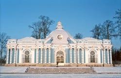 Edifício clássico no dia de inverno frio Fotografia de Stock