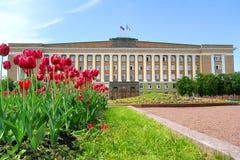 Edifício da administração em Veliky Novgorod fotografia de stock royalty free