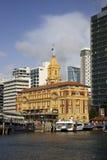 Edifício da balsa de Auckland fotos de stock