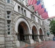 Edifício da estação de correios Imagens de Stock