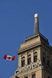 Edifício da vida de Canadá com baliza do tempo Fotos de Stock Royalty Free