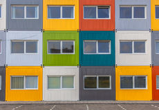 Edifício de apartamento colorido Imagem de Stock Royalty Free