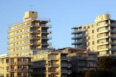 Edifício de apartamento urbano fotos de stock