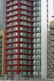 Edifício dianteiro vermelho imagens de stock