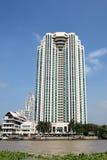 Edifício do beira-rio, Tailândia Foto de Stock Royalty Free