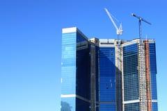 Edifício do negócio sob a construção Imagens de Stock Royalty Free