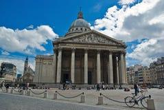 Edifício do panteão em Paris Imagens de Stock