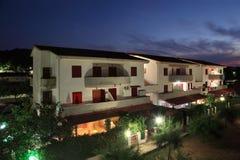 Edifício do sanatório na noite. Imagens de Stock