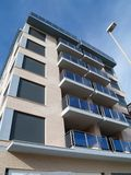 Edifício e lamppost Imagem de Stock