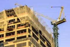 Edifício elevado da ascensão que vai acima Fotografia de Stock Royalty Free