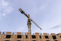 Edifício elevado da ascensão que vai acima Fotografia de Stock