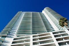 Edifício elevado de Miami da ascensão Fotografia de Stock Royalty Free