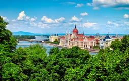 Edifício húngaro do parlamento em Budapest imagens de stock royalty free